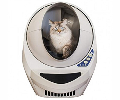 宇宙船のような形で人気な猫用自動トイレ